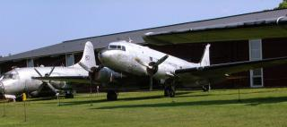 TP-79 (Douglas DC-3)